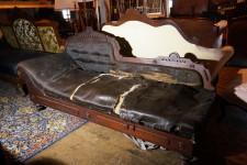 Sofas antiquit s deschambault for Divan quebecois