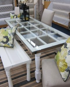 Ideas-Garden-decorations-old-doors-coffee-table-white-French-doors