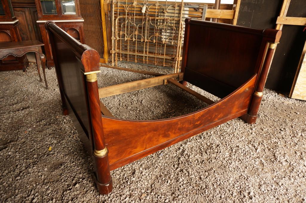 ... meuble chambre à coucher kijiji : Chambre à coucher , Lits , Meubles